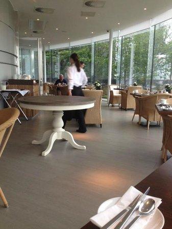 Radisson Blu Edwardian New Providence Wharf Hotel: Restaurant
