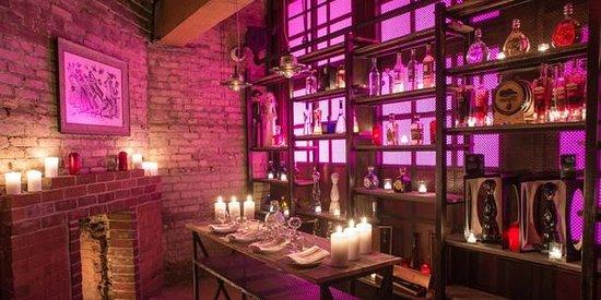 El Caballito Tequila Bar