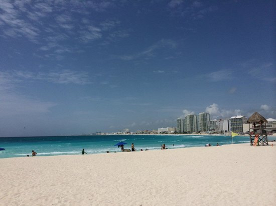 Krystal Grand Punta Cancun: My view from my loung chair