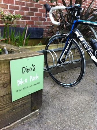 DINO'S Italian Cafe Lounge Stanley Common: bike parking at dinos