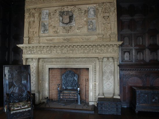 The Red Lodge Museum: Great Oak Room fireplace