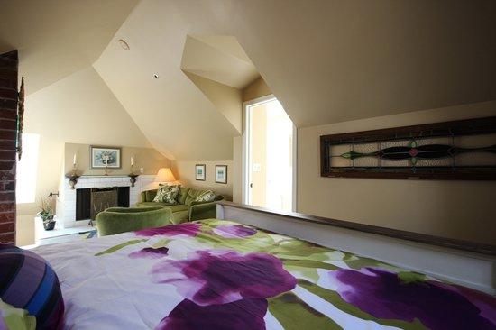 إقامة وإفطار بفندق إنجليش باي إن: Room 5 - Upper Level, King Bed