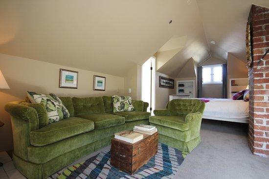 إقامة وإفطار بفندق إنجليش باي إن: Room 5 - Upper Level, Gas Fireplace