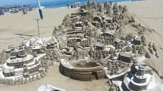 Apartamentos La Jabega: Sand sculpture