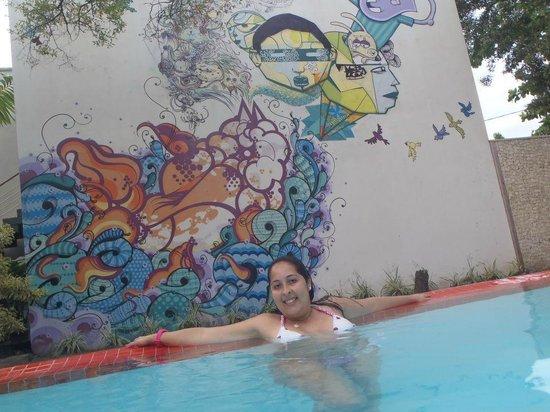 Villa dos Graffitis Pousada: Piscina