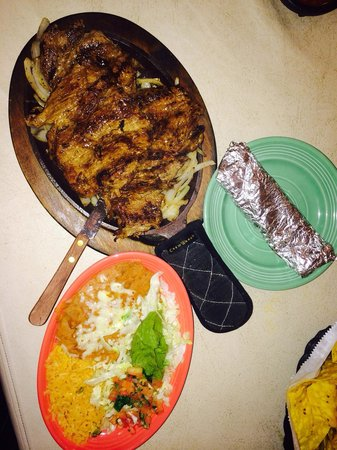 Carreta's Grill : Carne asada 14.95