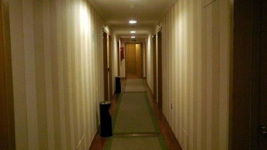 Hotel Reina Isabel: Detalle de Pasillo