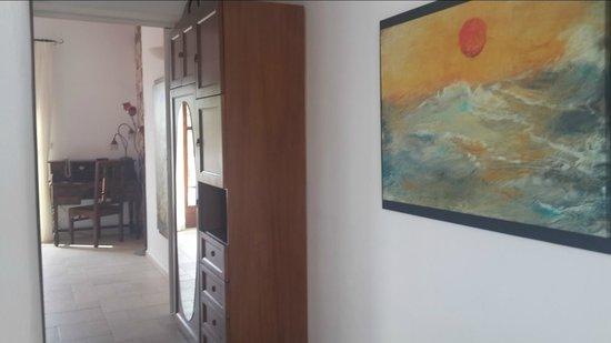 Nefeli Sunset Studios: The suite