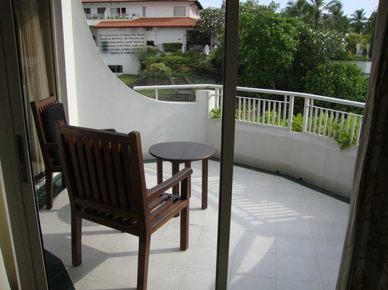 Vivanta by Taj - Bentota : Large balcony