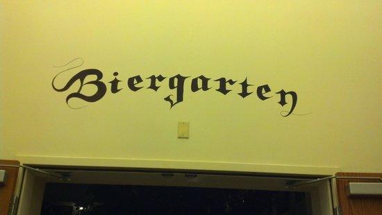 Hofbrauhaus Las Vegas: Beergarten