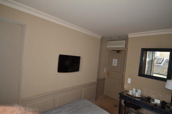 Hotel de Londres Eiffel : Room View