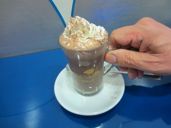 Blue Bar: Hot chocolate