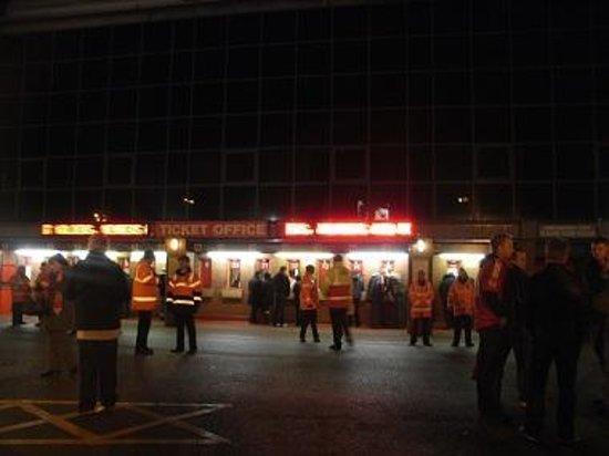 Anfield Stadium : チケット販売所