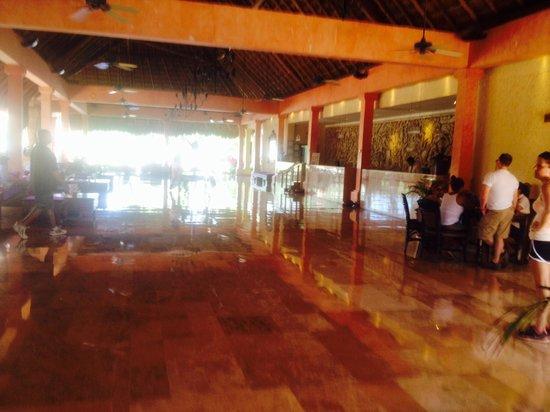 Iberostar Tucan Hotel : Lobby