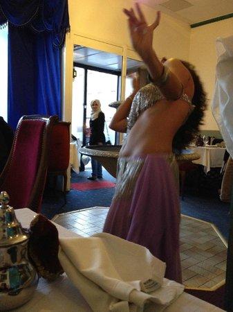 Mamounia: danceuse du ventre
