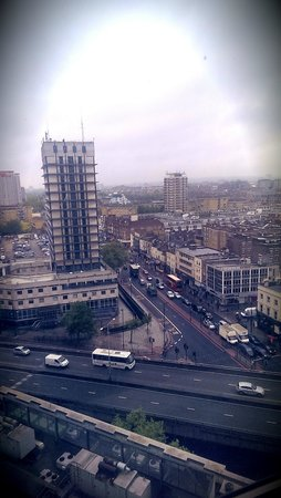 Hilton London Metropole: The View from our Window on 13th Floor