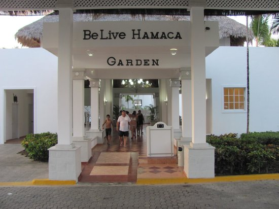 Be Live Experience Hamaca Suites : Entrance to Gardens Area