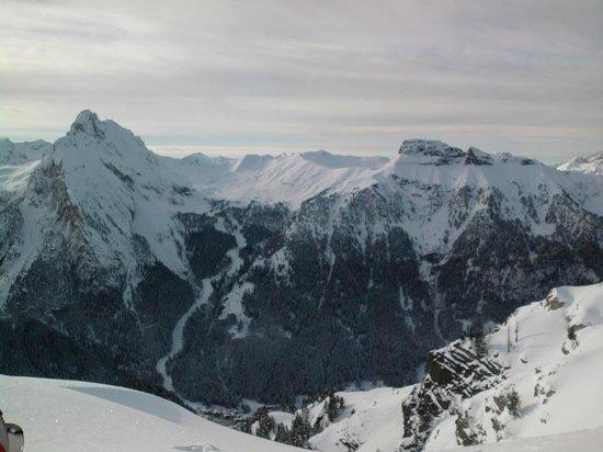 Dolomiti Ski Tour : Canazai dal alto