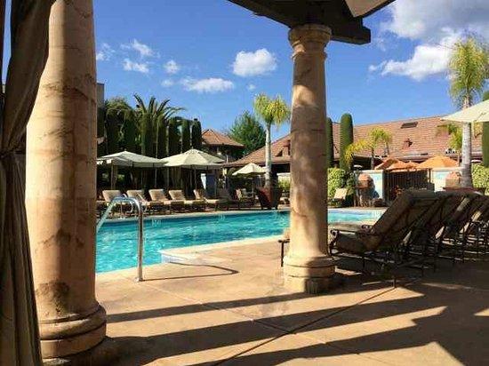 Villagio Inn and Spa: pool