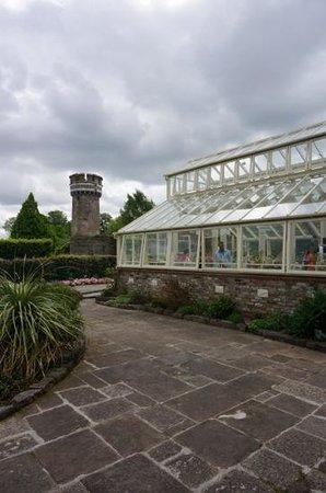 National Botanic Gardens: beautiful glass buildings