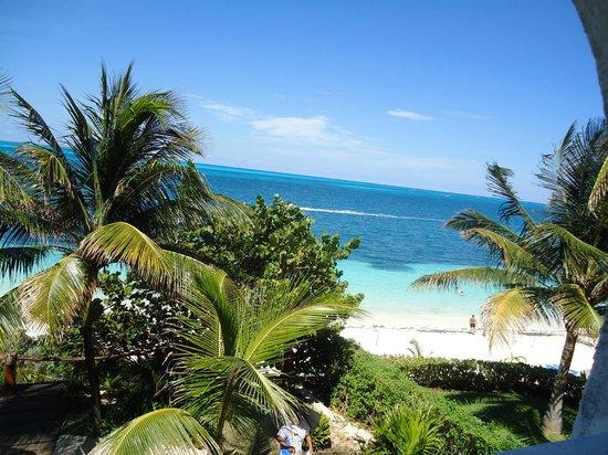 Maya Caribe Hotel: вид с балкона