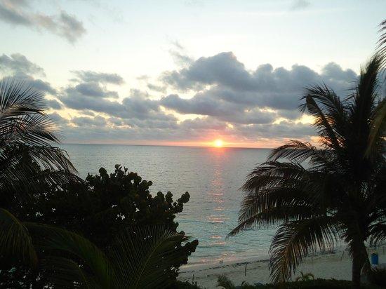 Maya Caribe Hotel: рассвет