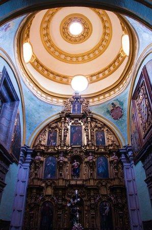 Iglesia de San Francisco: Interior Iglesia San Francisco