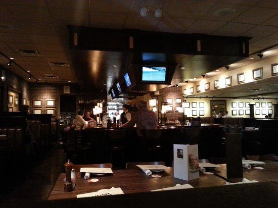 Malone's Palomar : Dining2