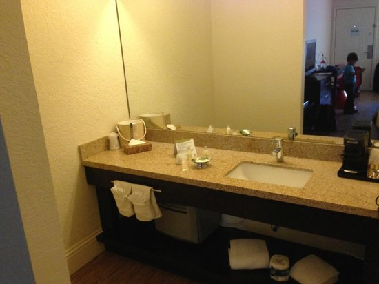 Avanti International Resort: Deluxe Double Queen Room
