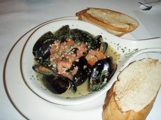‪‪Cold Creek Inn Restaurant & Motel‬: Mussels in wine sauce‬