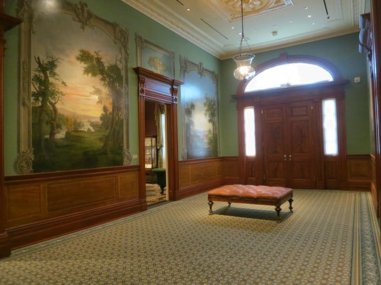 Taft Museum of Art: The beautiful Duncanson murals