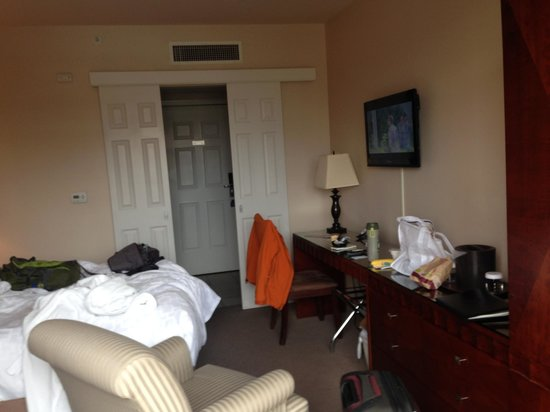 Inn at Cherry Creek: size of room