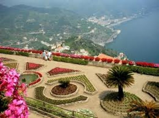 Positano Drive Day Tours : Villa rifolo in Ravello
