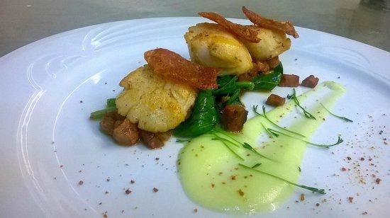Capistrano Restaurant : scallops