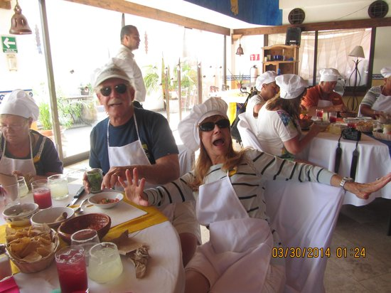 The Original Salsa and Salsa Los Cabos: Our table picture