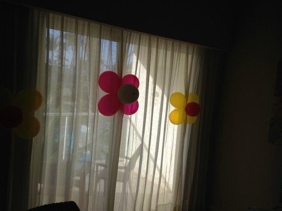 Secrets Royal Beach Punta Cana: balloon flowers