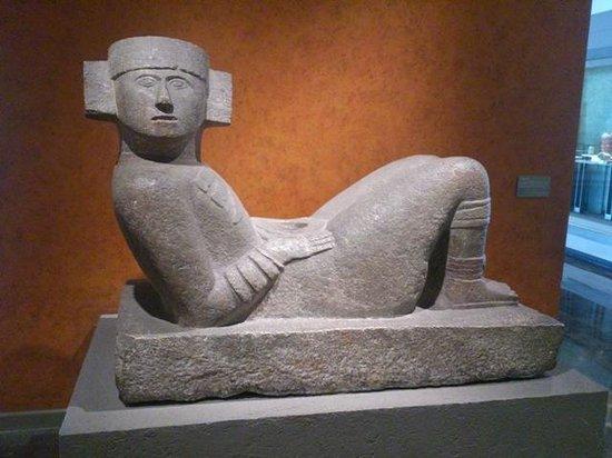Museo Nacional de Antropología: チャックモール