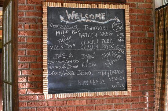 Historic Tapoco Lodge Resort: welcome chalk board with names of guests