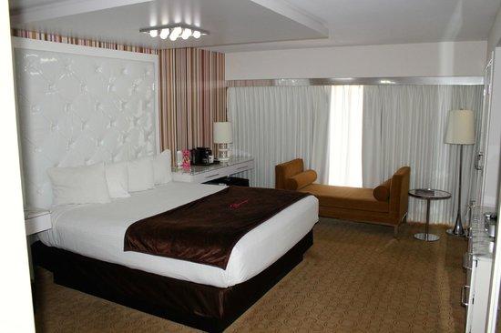 Flamingo Las Vegas Hotel & Casino: Room