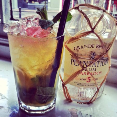 Black Lion: 'Planter's crush' from our cocktail menu