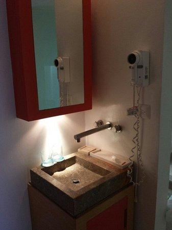 Delirio Hotel: Lavabo.