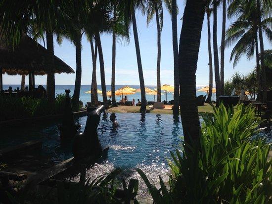 Shangri-La's Boracay Resort & Spa : infinitypool