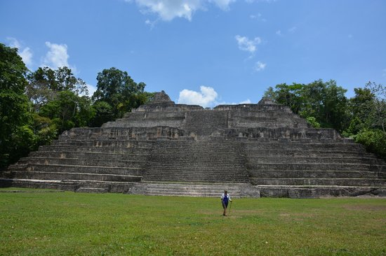 Pacz Tours: Caracol with almost no one there