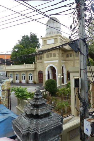 Ton Son Mosque