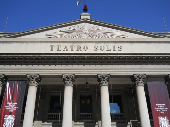 Teatro Solis Fachada