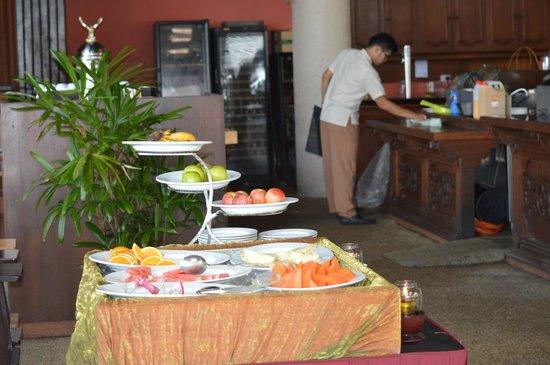 Berjaya Langkawi Resort - Malaysia: Beach bar buffet breakfast