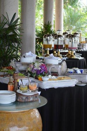 Berjaya Langkawi Resort - Malaysia: Beach bar buffet restaurant