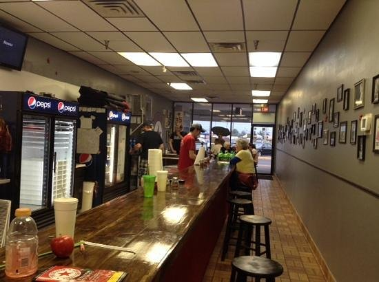 The Red Star Pizza Co.: Pizza BAR