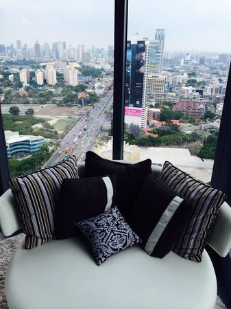 SO Sofitel Bangkok : Couch in water element room