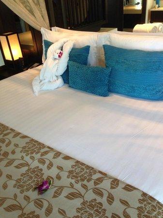 Anantara Bophut Koh Samui Resort : Ultra comfy bed